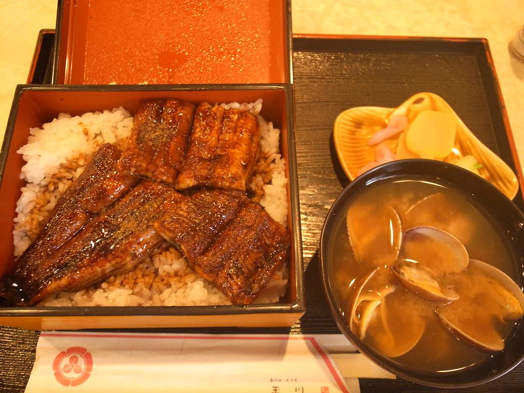 玉川の鰻丼とあさり汁