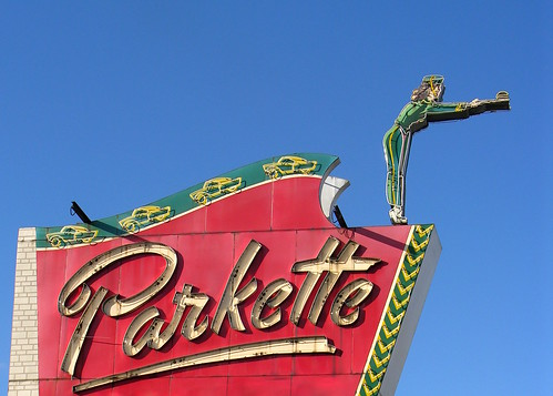 Parkette Drive-In, Lexington, KY | by Dave van Hulsteyn