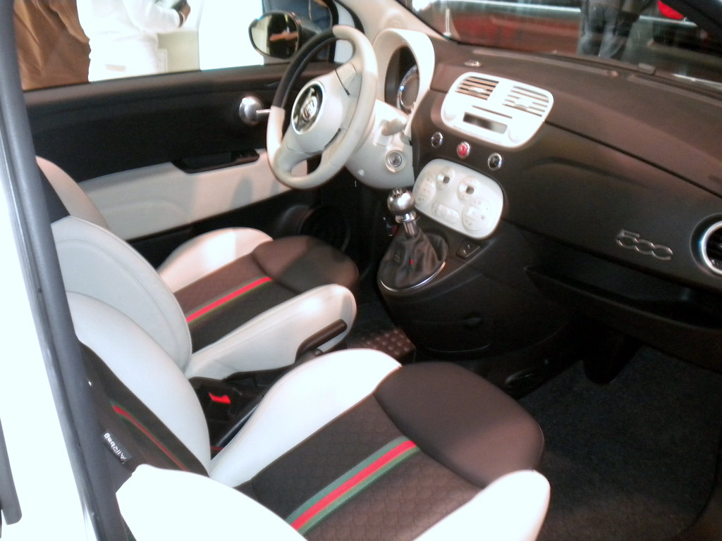 fiat 500 by gucci salon auto gen ve 2011 anatoliv73 flickr. Black Bedroom Furniture Sets. Home Design Ideas