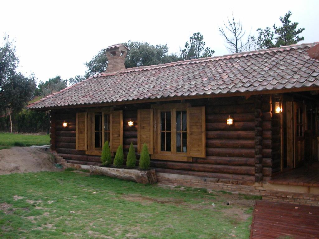 Casas de troncos de madera al estilo de transilvania flickr - Casas canadienses espana ...