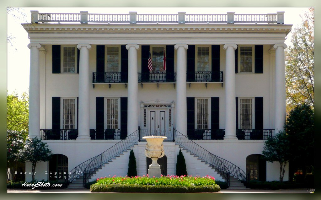 University of alabama the president 39 s mansion circa for Southern architectural styles