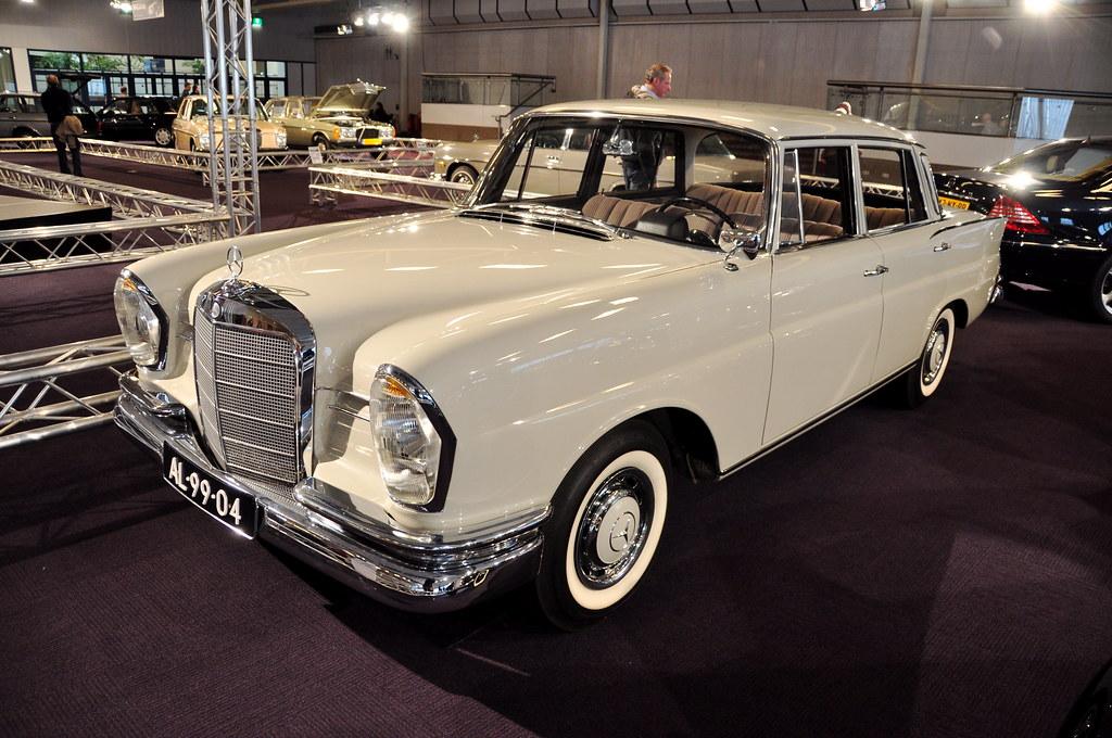 Interclassic topmobiel 2011 1963 mercedes benz 220 s for Mercedes benz 220s