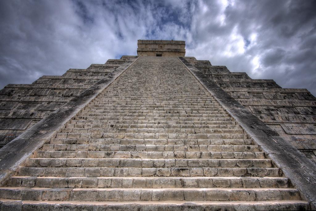 El Castillo's 91 Steps - Chichen Itza | Nikon D90 | 10mm ...