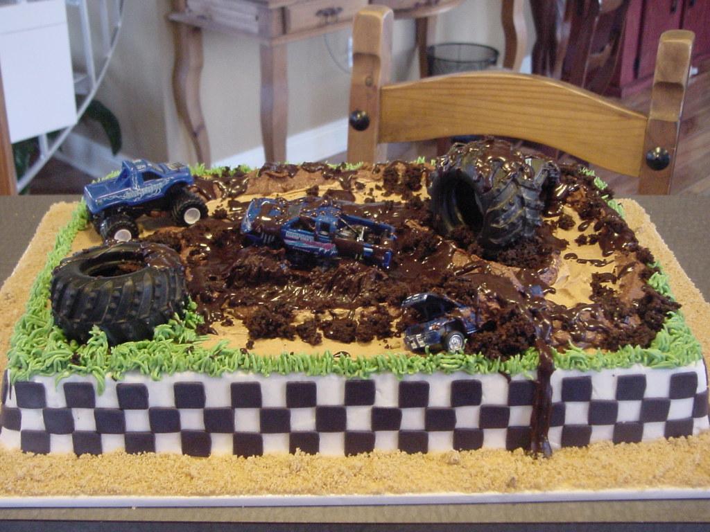Mud Bogging Birthday Cakes