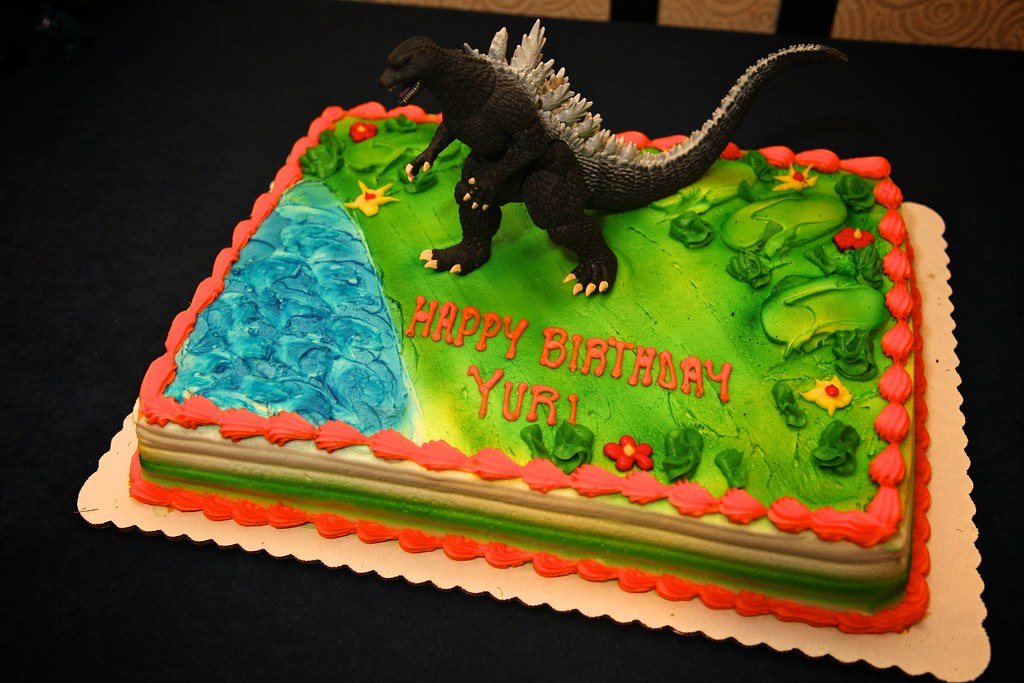 Godzilla Like Cake Taraplatt Flickr
