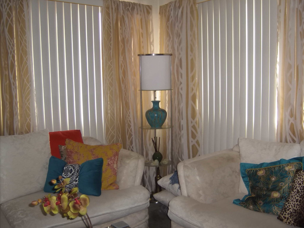 Gedc1365 Existing Valance Used To Hang Curtains Tikcay Flickr