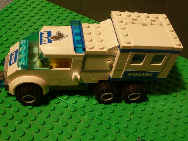 Camion de police lego flickr photo sharing - Lego camion police ...