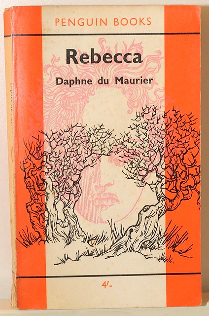 the use of foreshadowing and imagery in daphne du mauriers rebecca