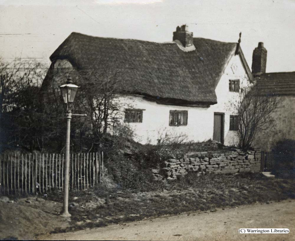 sampson 39 s cottage winwick photo dated 1919 livewire. Black Bedroom Furniture Sets. Home Design Ideas