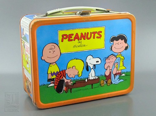 PEANUTS Lunch Box - metal 1966 | by LUNZERLAND!