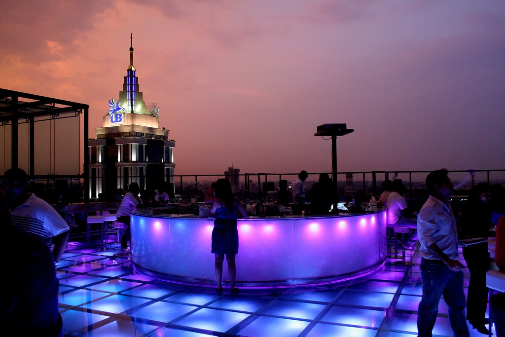 Sky bar ub city bangalore blandine alberto flickr for 13th floor restaurant bangalore
