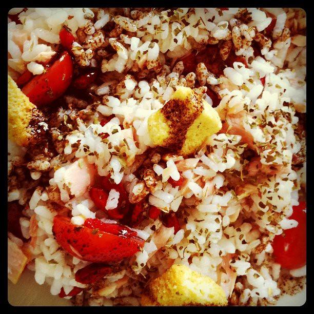 Ensalada de arroz atun y gojis demi flickr - Ensalada de arroz y atun ...