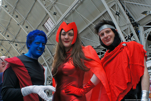 Kapow! Comic Con : Cosplay - Nightcrawler, Scarlet Witch a ...