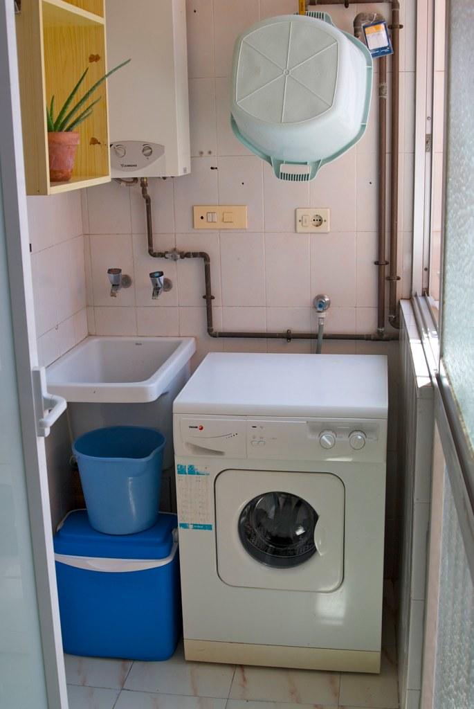 Galer a lavadero se alquila fant stico piso en valencia for Decorar lavaderos pequenos