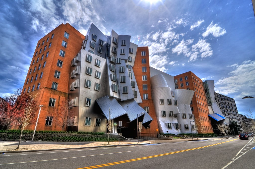 Ray and maria stata center mit hdr the ray and maria for Cambridge architecture