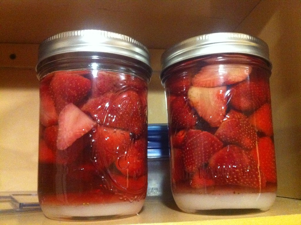 Preserving Strawberries in Alcohol Alcohol Preserved Strawberries