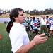 Chacho Herrera dirigiendose a los entrenadores