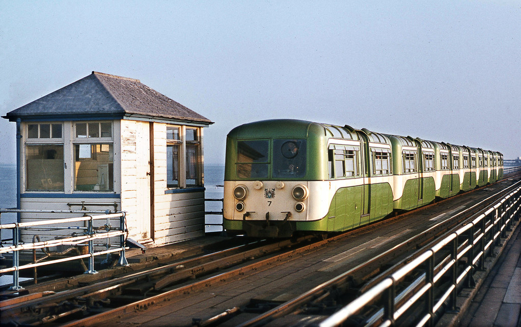 Southend Pier Railway 1972 To End This Electric Section