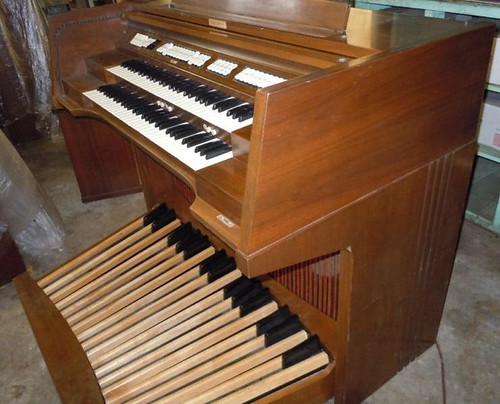 My New Organ Side Baldwin C630 Flickr Photo Sharing