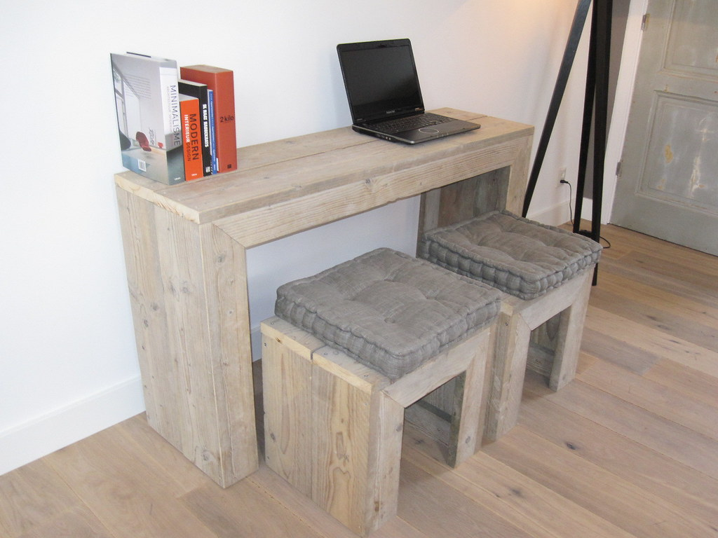 pc tafel bureau steigerhout te koop bij w00tdesign