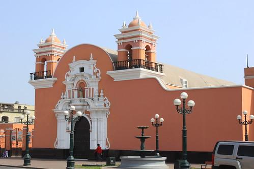 Lima: Iglesia Santa María Magdalena  Flickr - Photo Sharing!