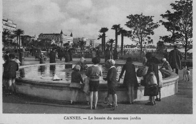 Cannes france le bassin du nouveau jardin flickr photo for Le jardin cannes