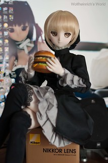 [Explore]DD Saber Alter and Her Big Mac | by Wolfheinrich