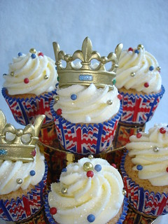 Royal Wedding Cupcakes | by Darcy's Cupcake Creations