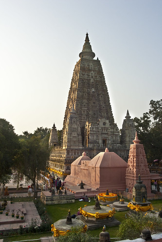 Mahabodhi Temple | by FullofTravel