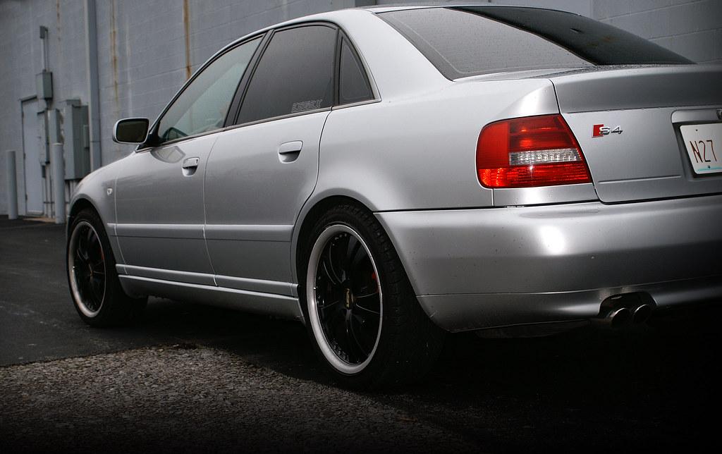 2000 B4 Audi S4 Konica Minolta Maxxum 5d Camera