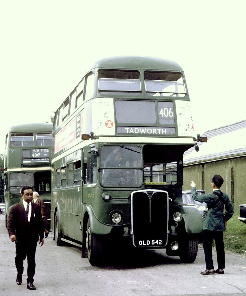 London Country: RT4755 (OLD542) on Epsom Downs on Route 40 ...