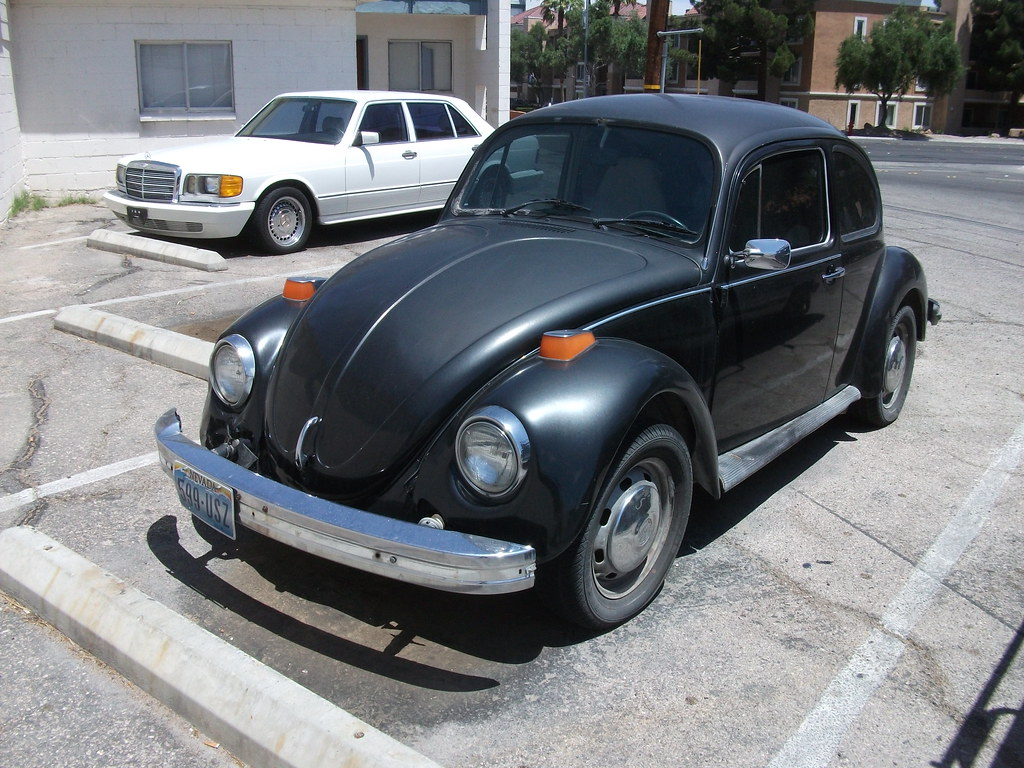 Volkswagen Beetle | Flat black VW Bug with bonus 80s ...