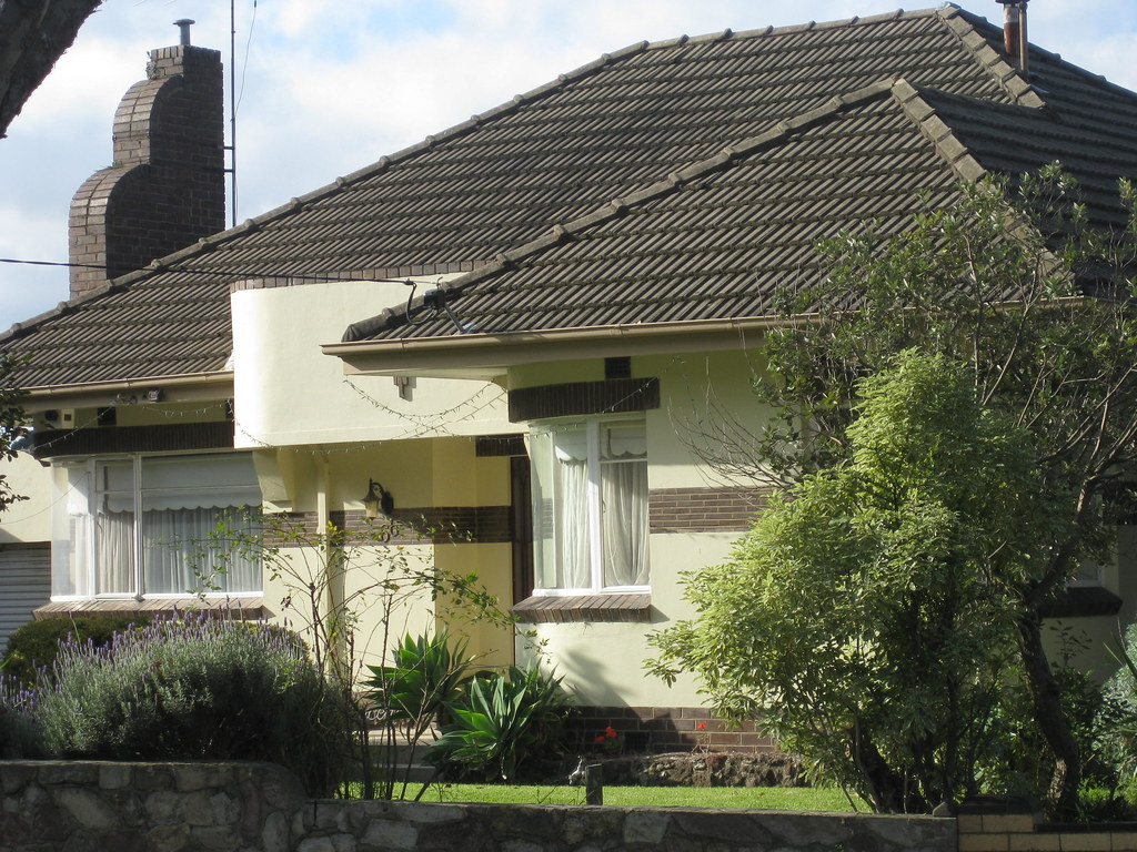 A primrose streamline moderne art deco villa travancore for Streamline moderne house plans