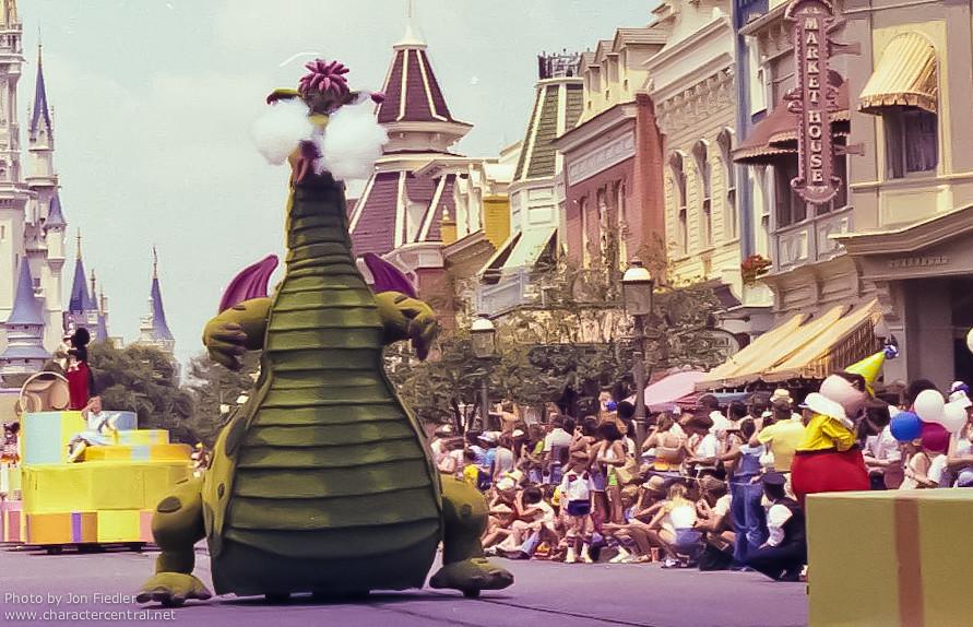 Wdw 1978 Mickey S 50th Birthday Parade Magic Kingdom