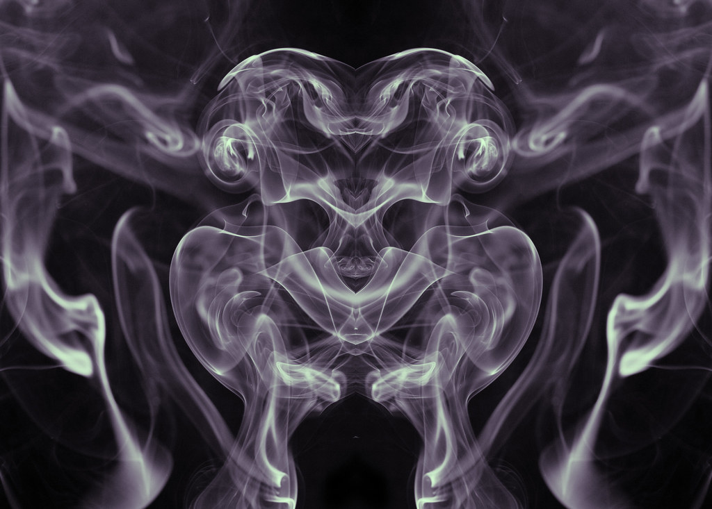 smoky alien reflection   an unusual background created ...