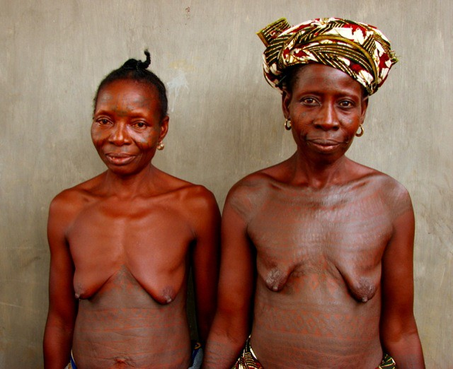 beautiful body tattoos of the Holi-Yoruba tribe in Souther