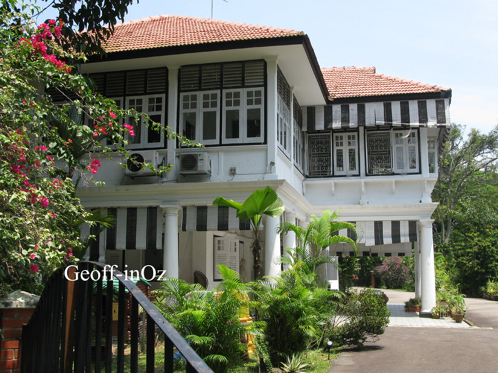 Colonial 'Black and White' House, 1 York Road, Alexandra P ...