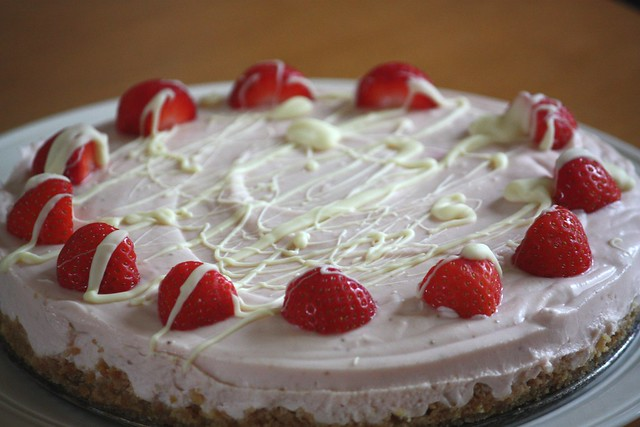 Strawberry and white chocolate mousse cake