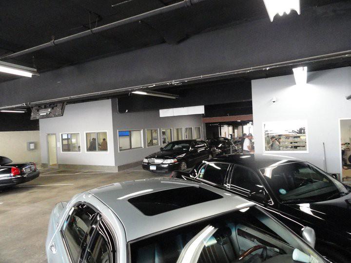 Dial 7 car limousine service garage dial 7 car for 7 car garage