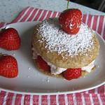 Erdbeer-Cheesecake Whoopies