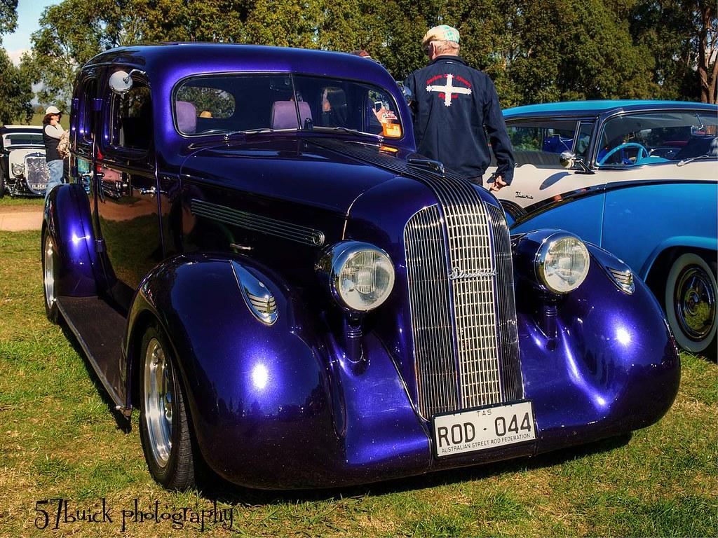 1935 pontiac 4 door seeing 1930 39 s pontiacs is quite rare for 1935 ford 4 door