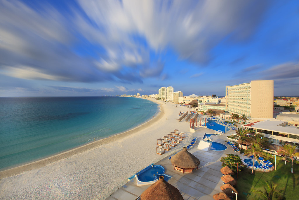 Cancun Hotels With Swim Out Rooms