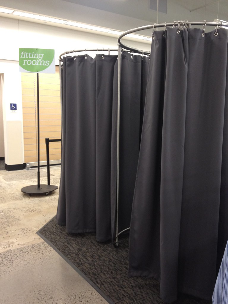 Nordstrom Rack Portable Fitting Rooms This Work By Kimco