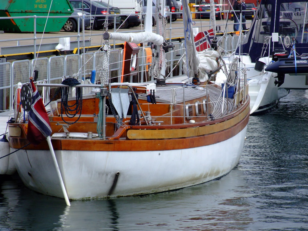 colin archer style yacht hilde nz willowherb flickr