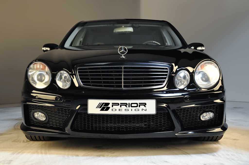 Black Mercedes Benz E Class W211 Full Body Kit Front Bump