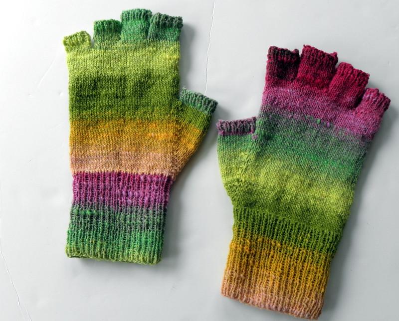 Fingerless gloves in Noro Sock Fingerless gloves, pattern ? Flickr