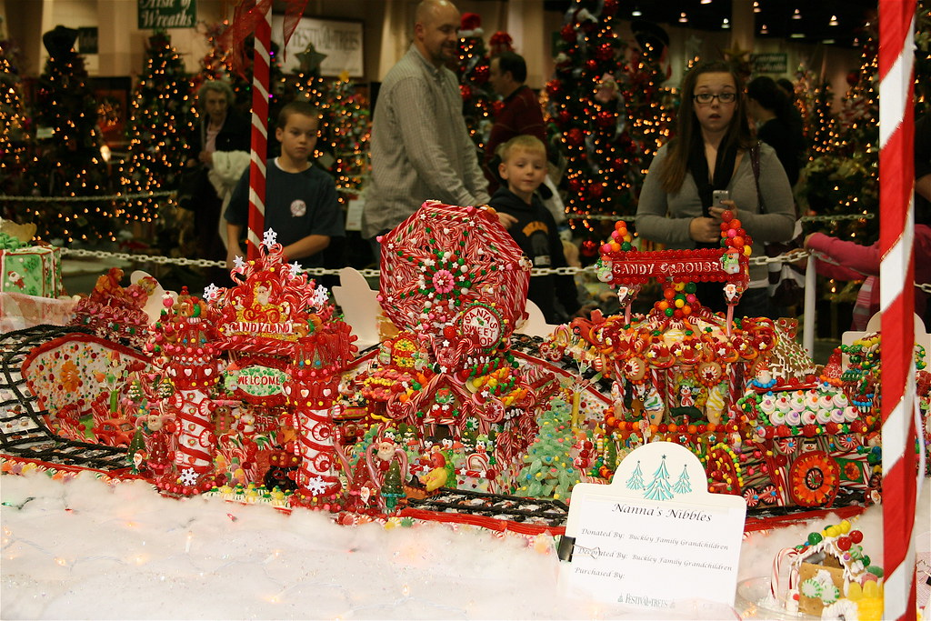 Christmas Candy abounds at gingerbread theme park - Greed ...