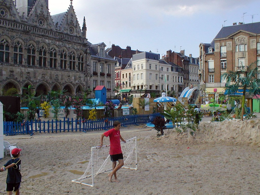 saint quentin france 2005 the main town square saint. Black Bedroom Furniture Sets. Home Design Ideas