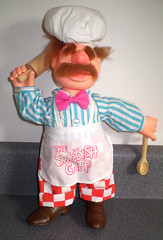 1988 Post Croonchy Stars Cereal Swedish Chef Doll Premium