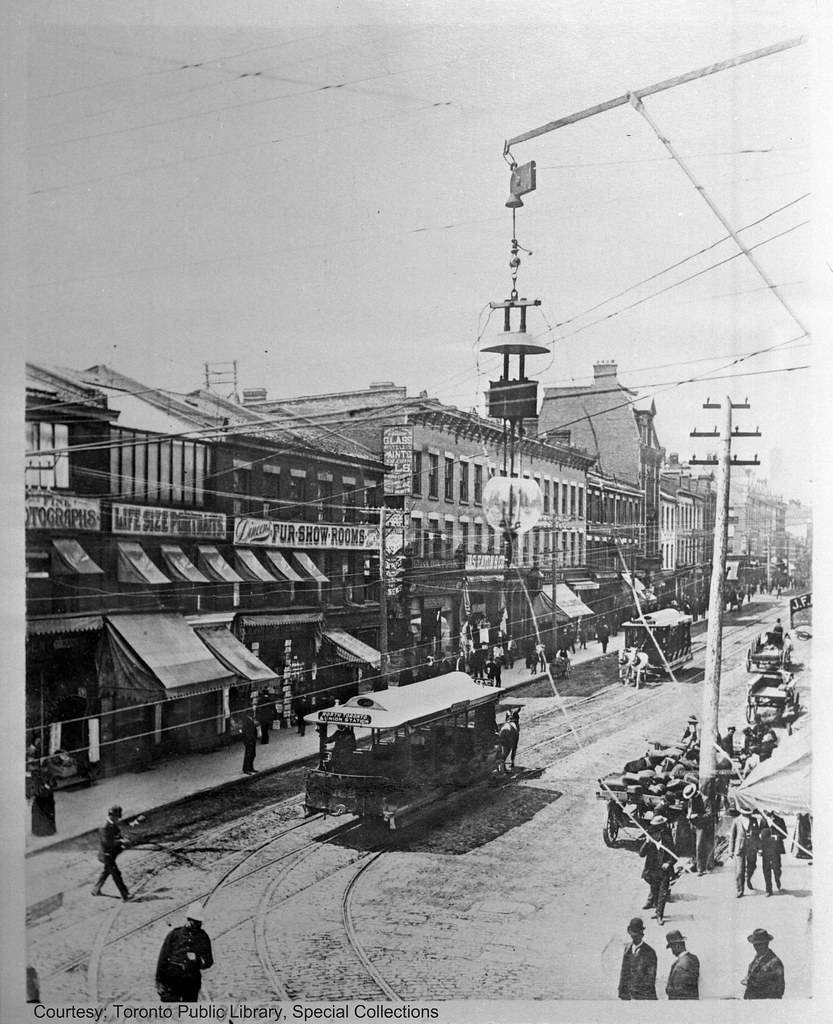 YONGE ST., KING TO QUEEN STS.